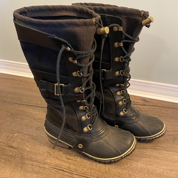 Sorel tall winter boots Conquest Carly w/ leather
